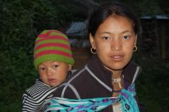 Sunnita blieb hartnäckig und rettete der Mutter das Leben, indem sie auf einer Ausschabung bestand, um die Nachgeburt zu entfernen.