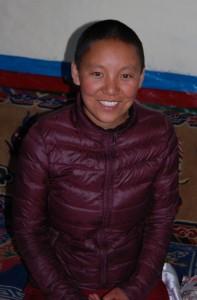Tsiring versorgt heute ihre kranke Mutter und will ihr Leben lang als Nonne Armen helfen.